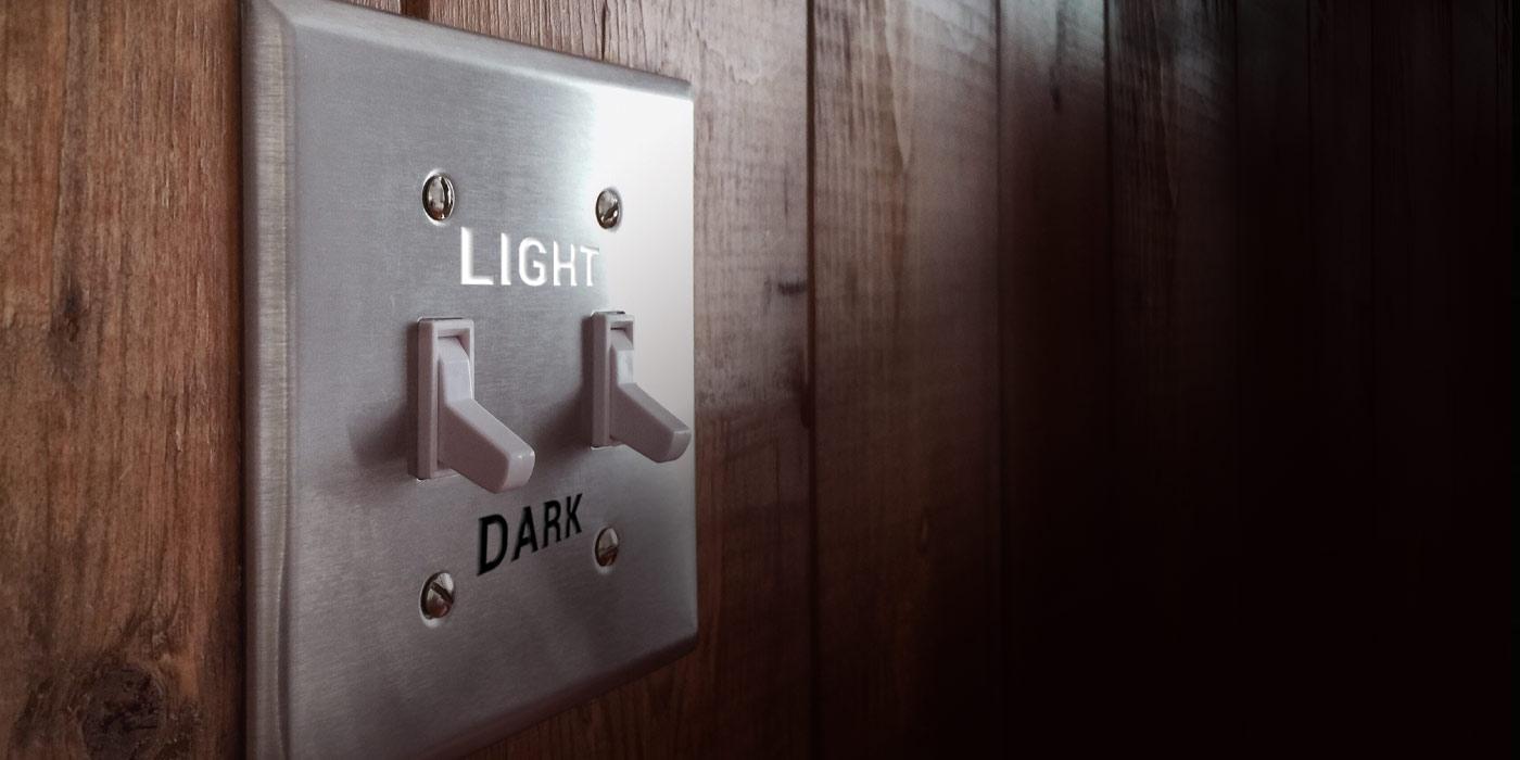 Light switch light dark